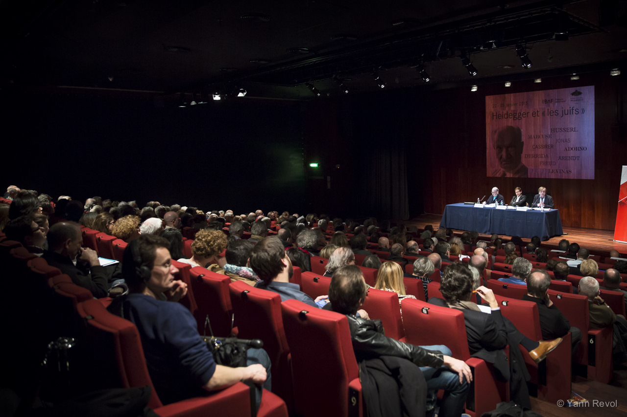 """Le colloque Heidegger et """"les Juifs"""", à Paris. Photo : Yann Revol"""