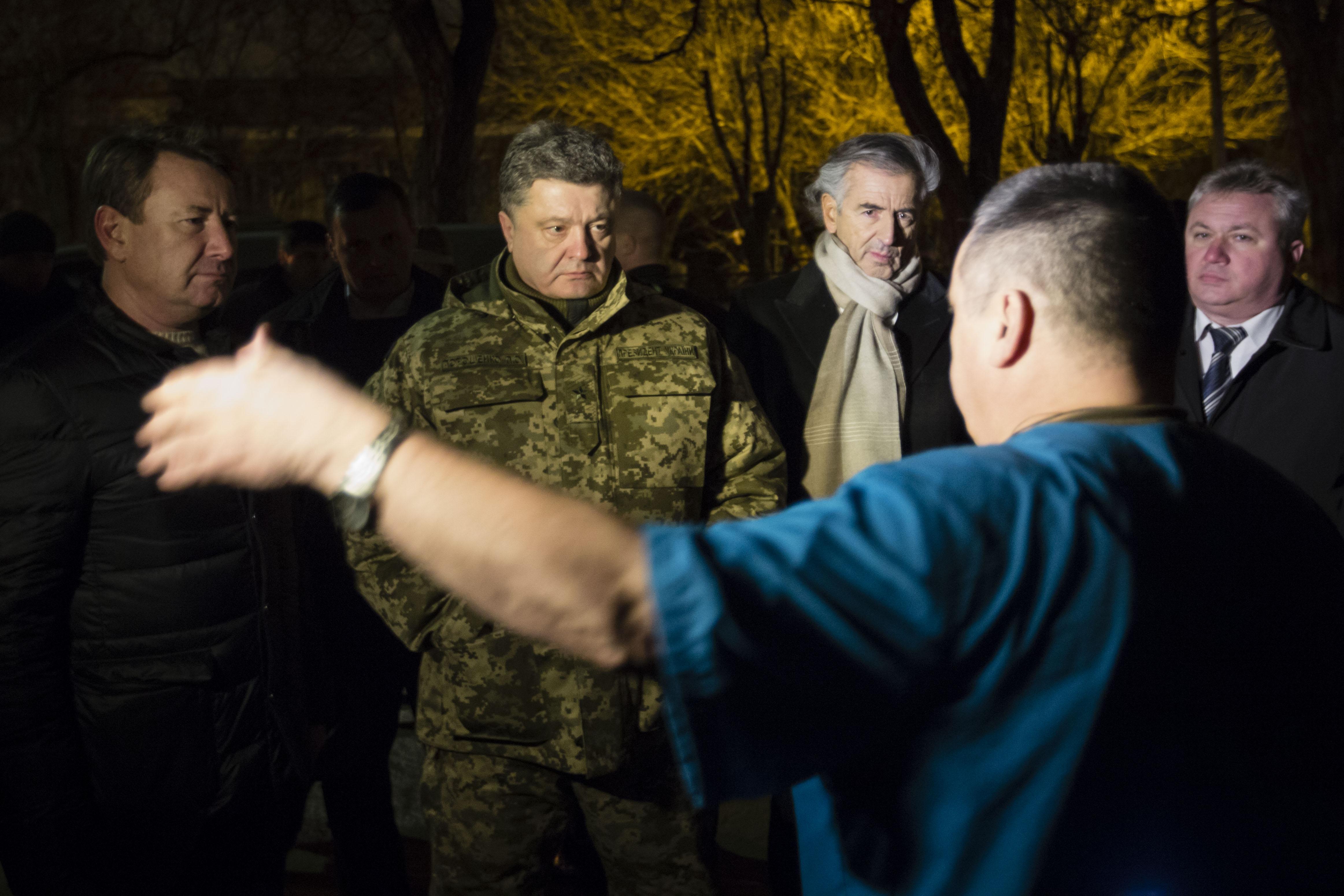 Porochenko-Kramatorsk-Bernard_Henri_Levy-Ukraine