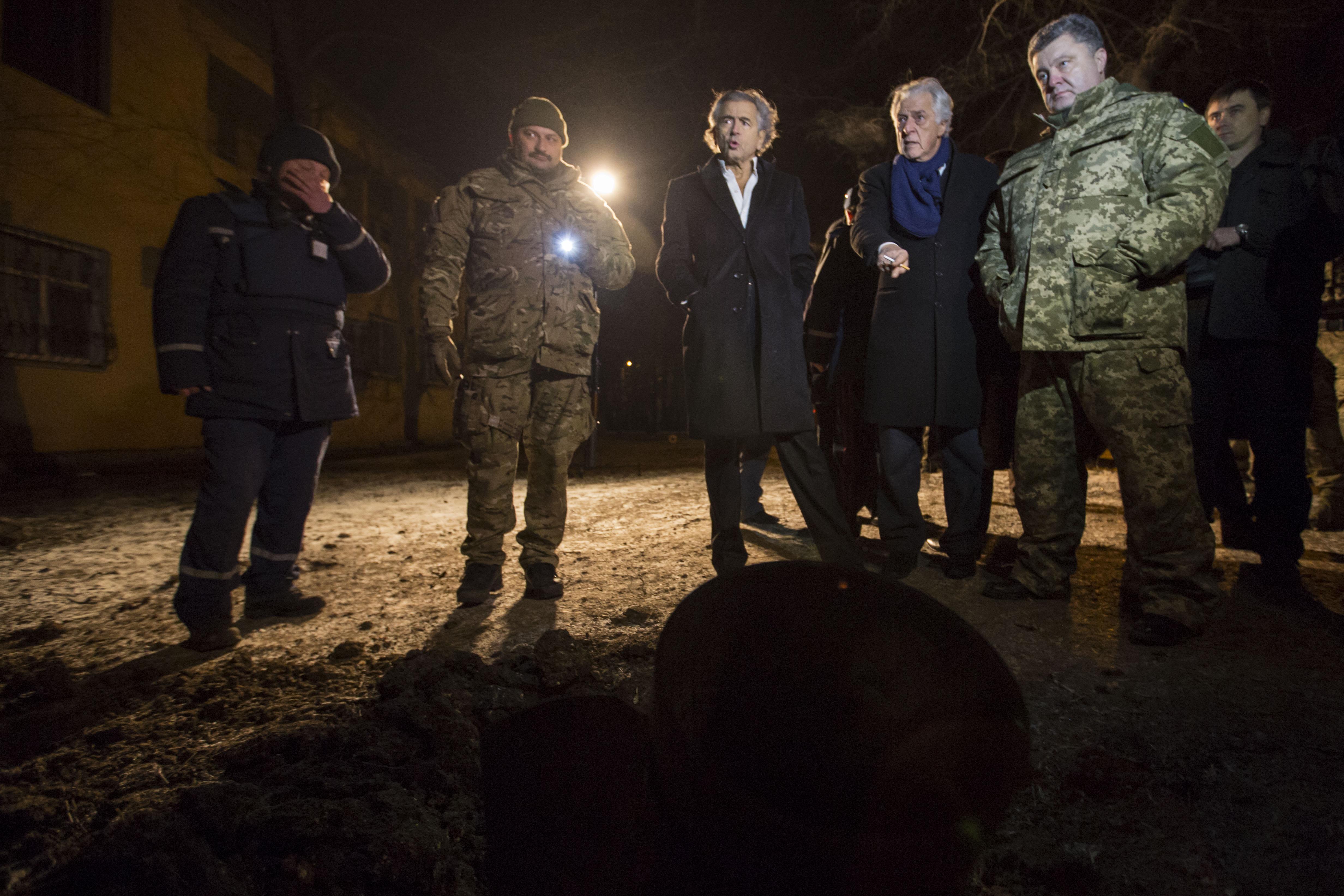 Porochenko_Kramatorsk_Bernard-Henri-Levy-Ukraine