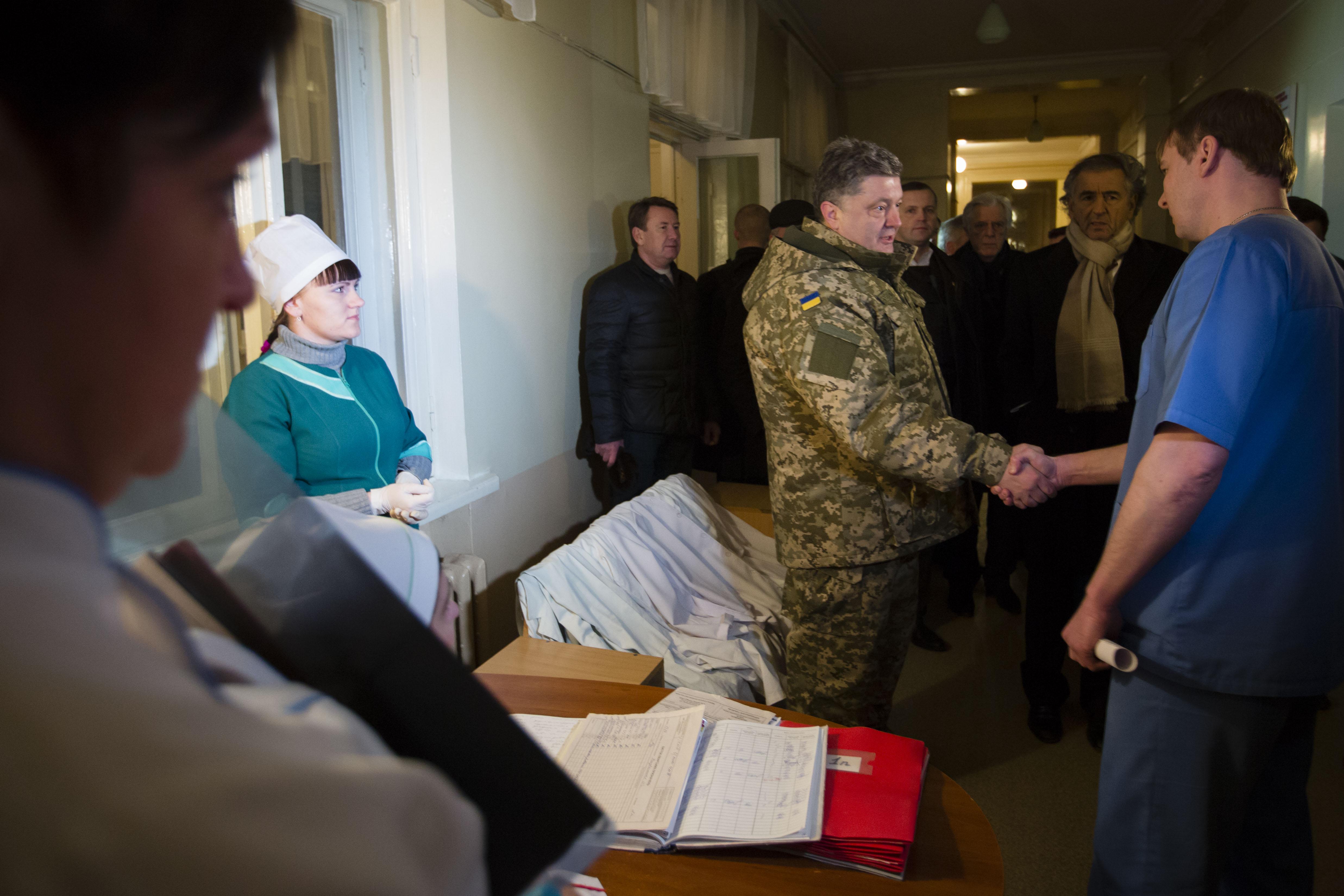 Porochenko_Kramatorsk_Bernard-Henri_Levy-Ukraine