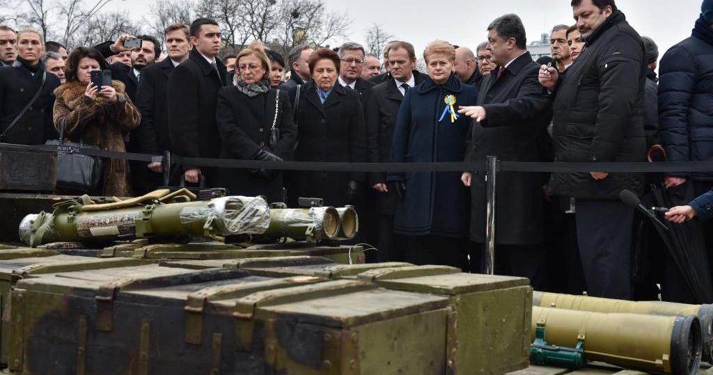 guerre-russie-ukraine-bhl-porochenko