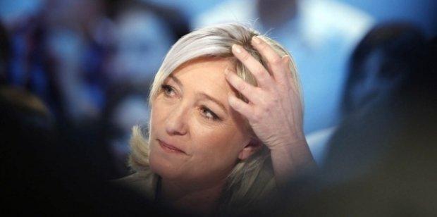 Portrait de la présidente du Front National Marine Le Pen