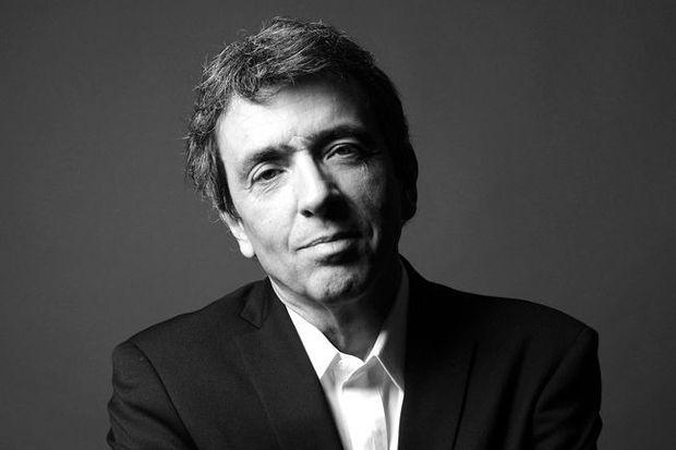Portrait de l'écrivain Régis Jauffret