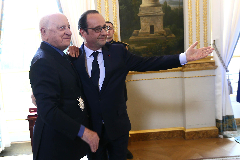 Cérémonie de remise des insignes de Grand Officier de la Légion d'honneur à Pierre Bergé