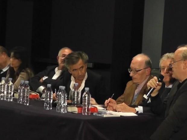 """""""La guerre sans l'aimer"""" : Conversation avec Bernard Henri Lévy"""