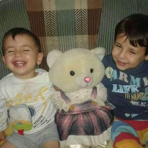 l-enfant-syrien-et-son-frere