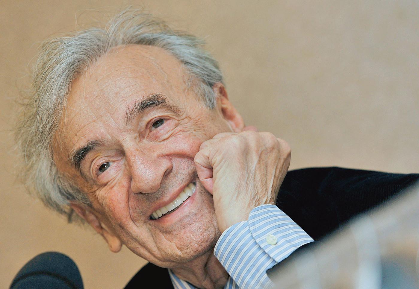 Elie Wiesel en 2009. Photo : Bela Szandelszky/AP