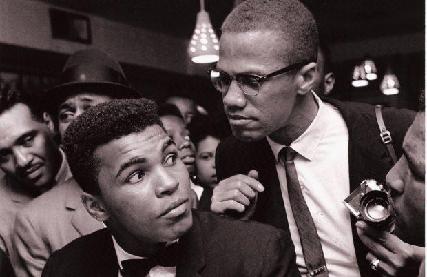Portrait de Muhammad Ali et Malcolm X, à New York, en 1963.