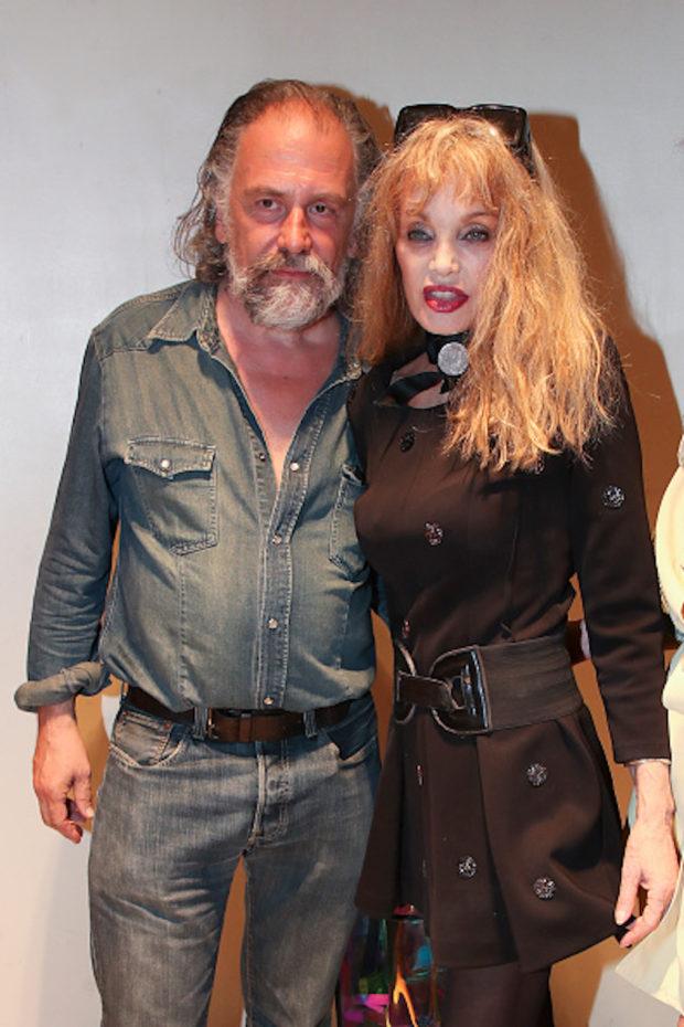 Portrait de Simon Liberati et Arielle Dombasle l