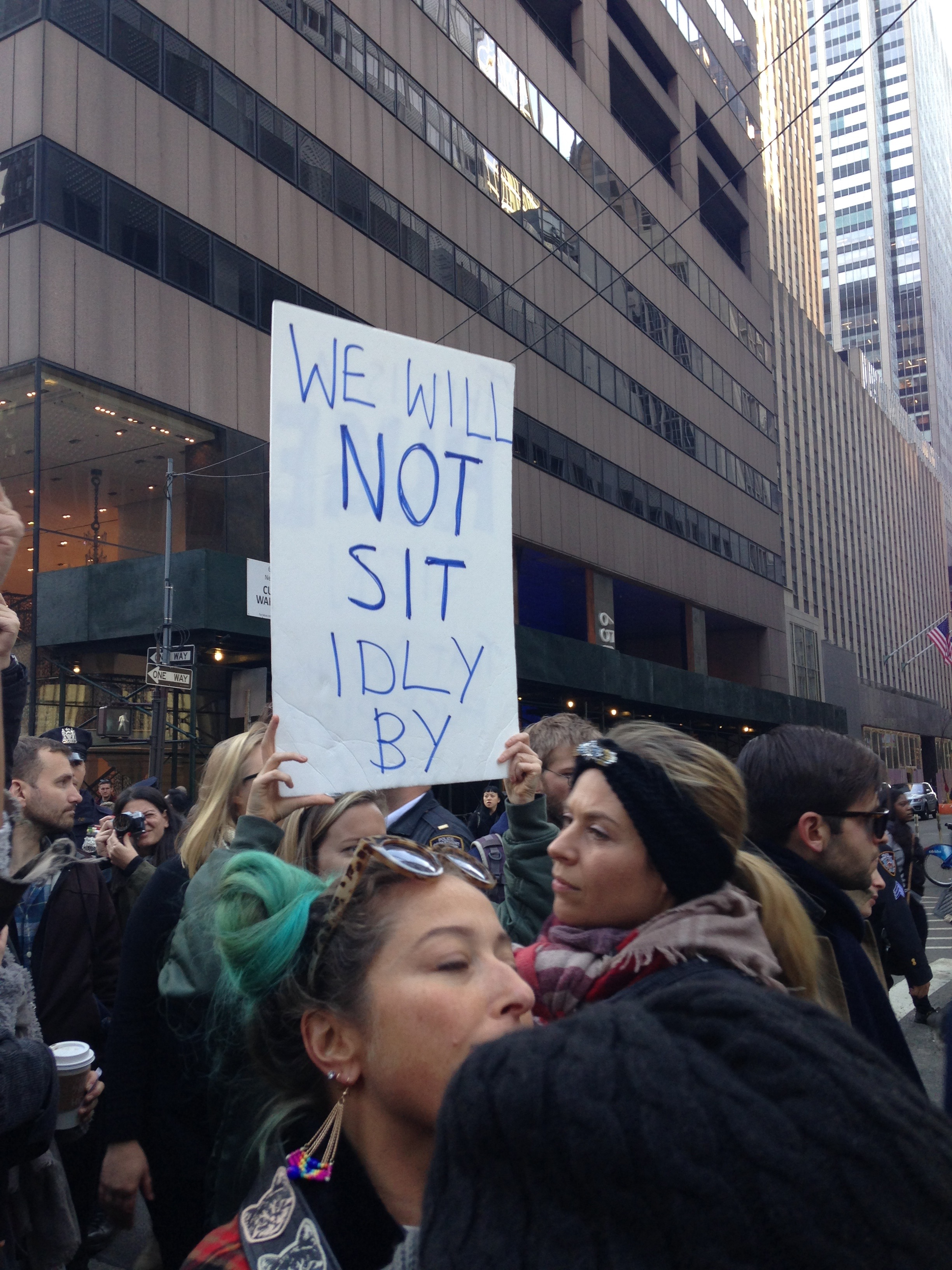 manifestation_anti-trump-new-york-35