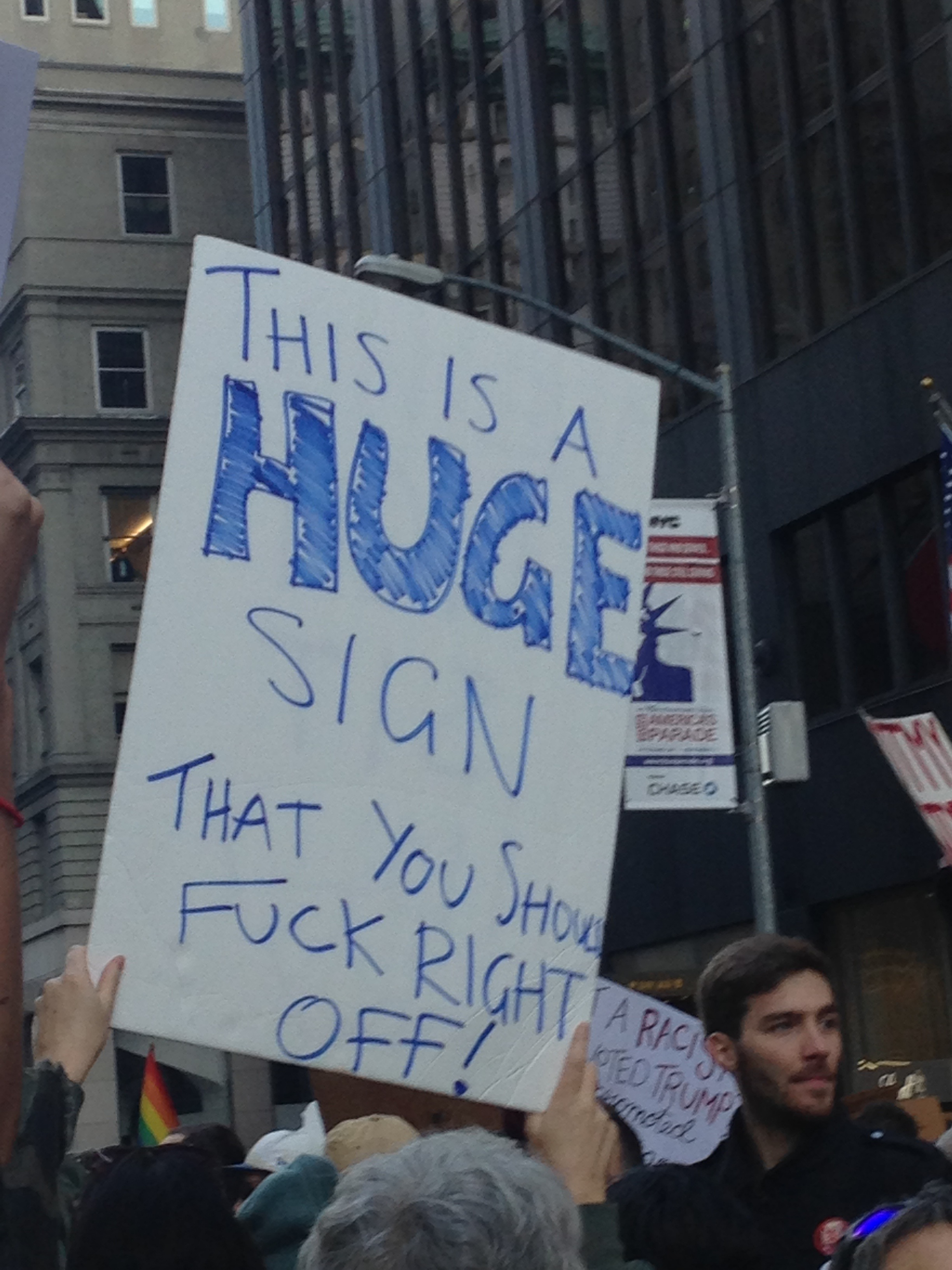 manifestation_anti-trump-new-york-40