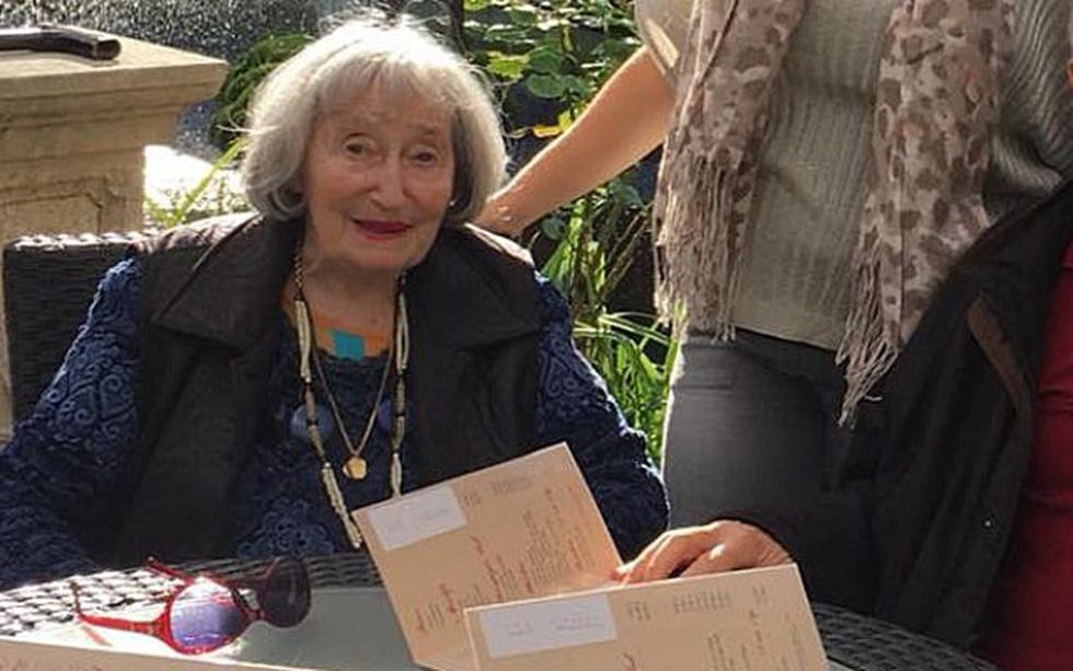 Mireille Knoll, 85 ans, a été poignardée puis brûlée dans son appartement du XIe arrondissement de Paris le vendredi 23 mars. L'octagénaire était une rescapée de la rafle du Vel d'Hiv. DR