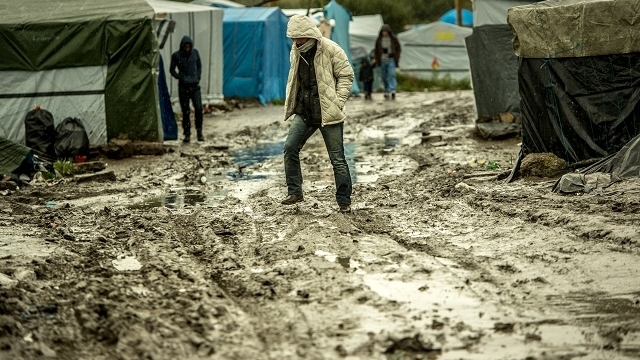 Dans la jungle de Calais.