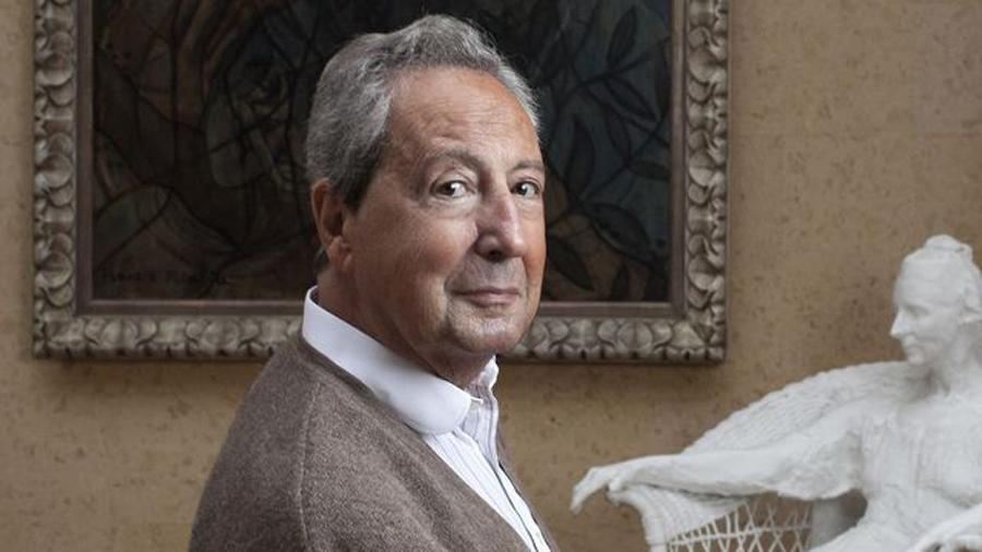 Portrait du galériste Pierre Nahon.