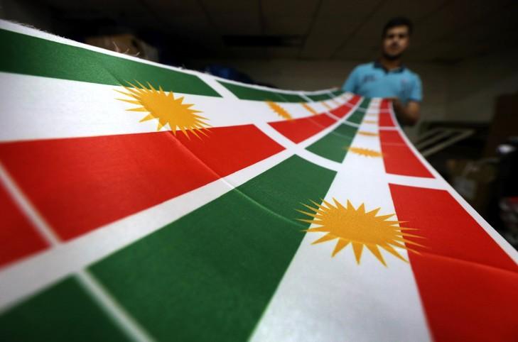 Le drapeau du Kurdistan, à Erbil, capitale du Kurdistan irakien.