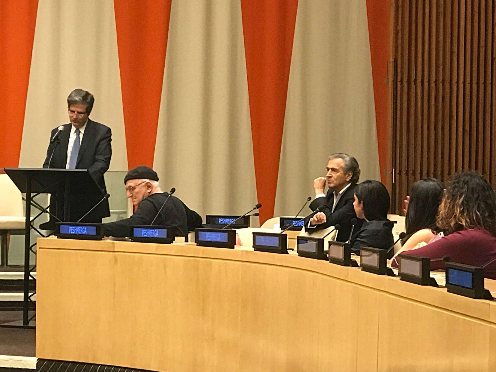 """Bernard-Henri Lévy lors de la projection de """"Peshmerga"""" aux Nations Unies. Le 28 novembre 2017."""