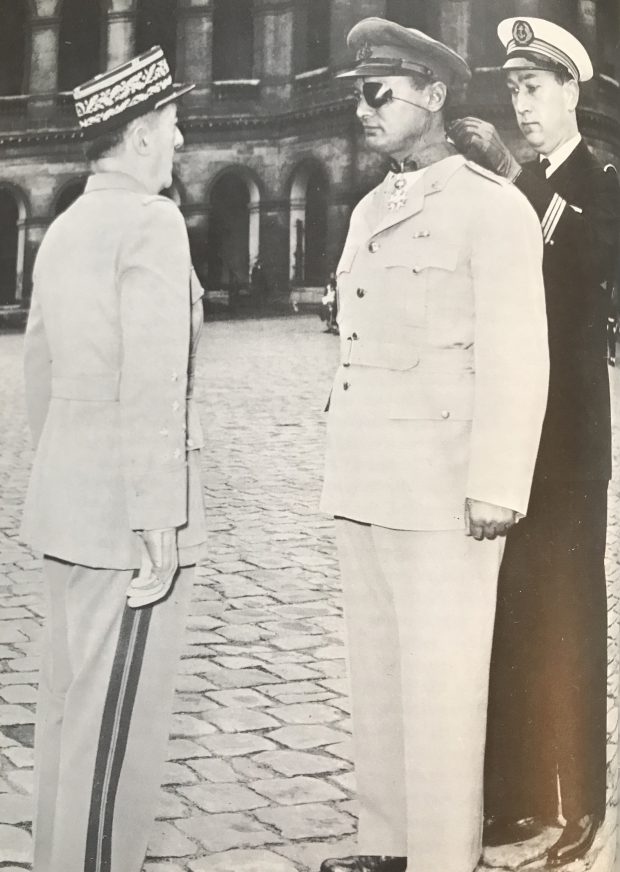 Le général Augustin Guillaume, le général Moshé Dayan et l'amiral René Bloch