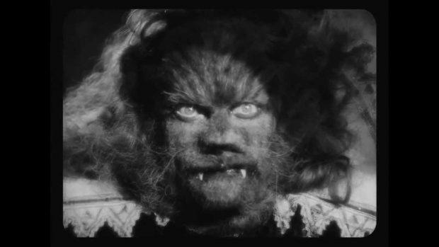 Scène du film «La belle et la bête» de Jean Cocteau.