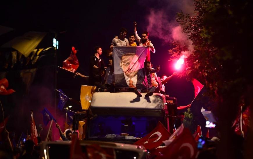 Le président turc sortant, Recep Tayyip Erdogan, a remporté la présidentielle, ce 25 juin 2018, dès le premier tour.