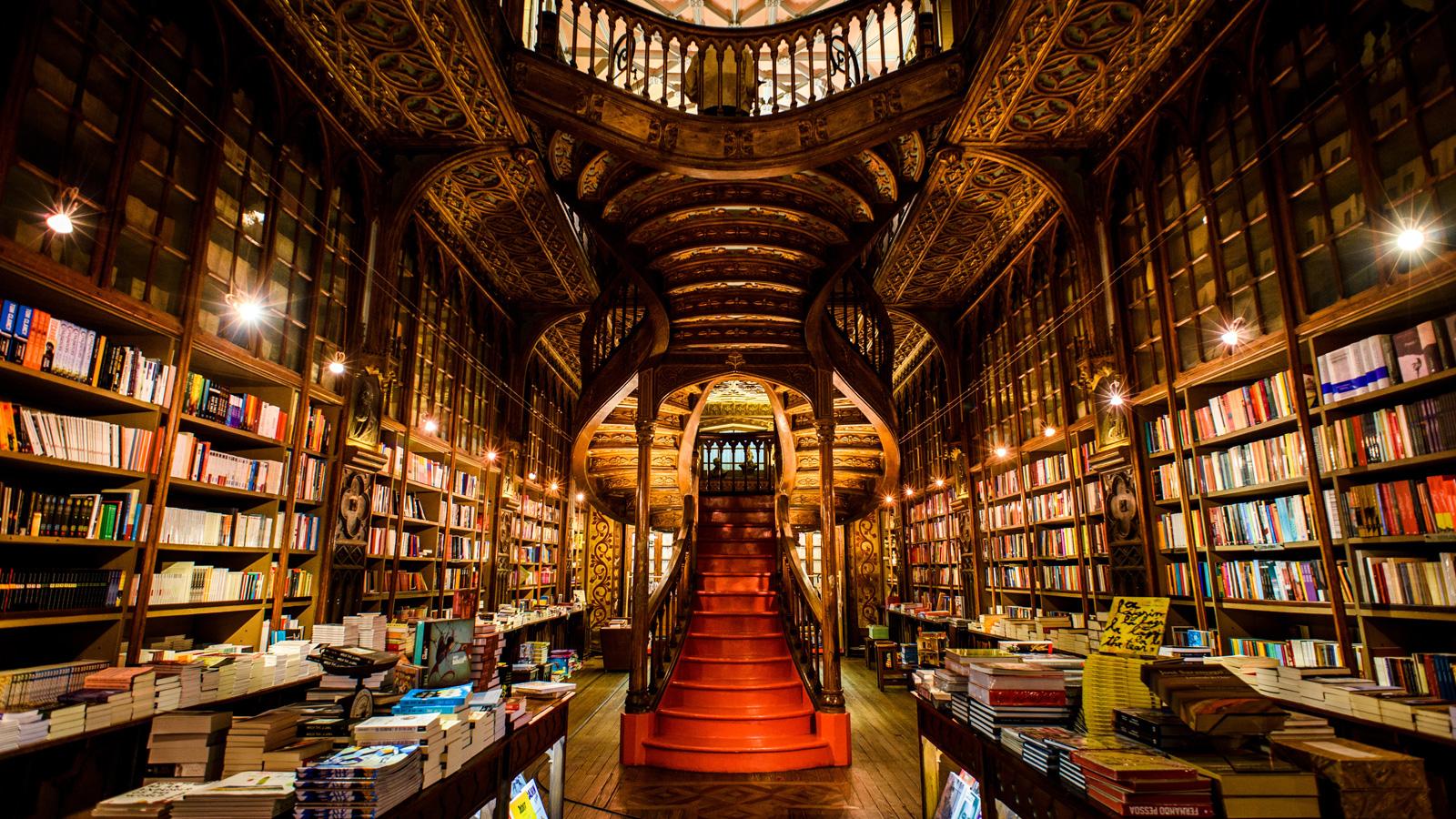 Librairie Lello à Porto (Portugal).