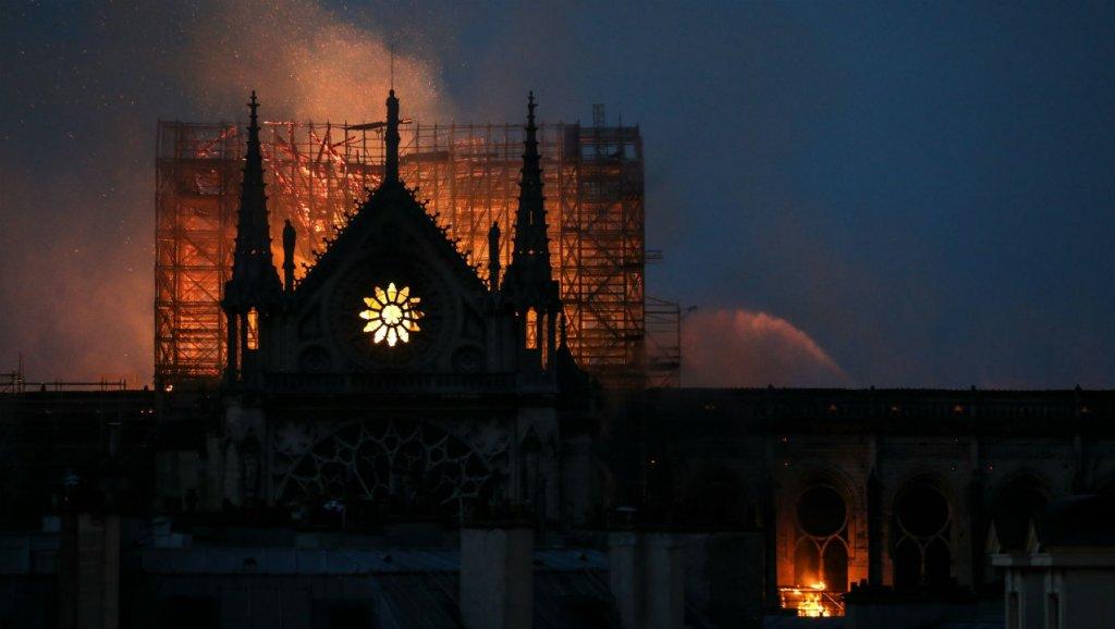 Notre-Dame de Paris en flammes hier soir, le 15 avril 2017.