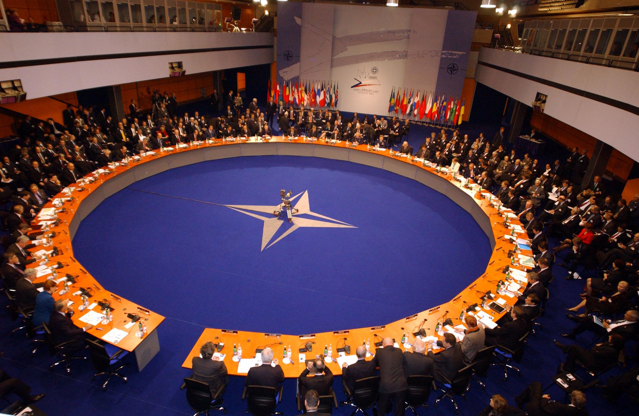 Sommet de l'Otan à Prague. Le 22 novembre 2002.