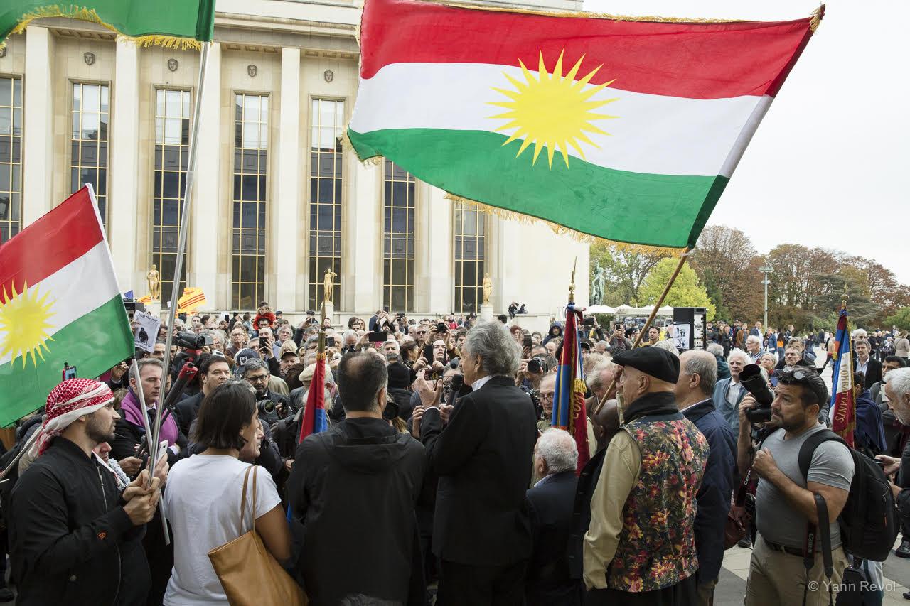 soutien-aux-Kurdes-manifestation-BHL