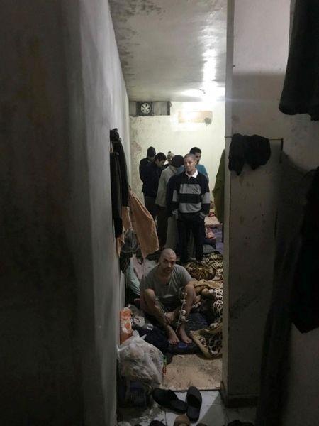 Des volontaires de l'Etat islamique dans la prison de Derik, au Rojava. Et parmi eux, des Français.