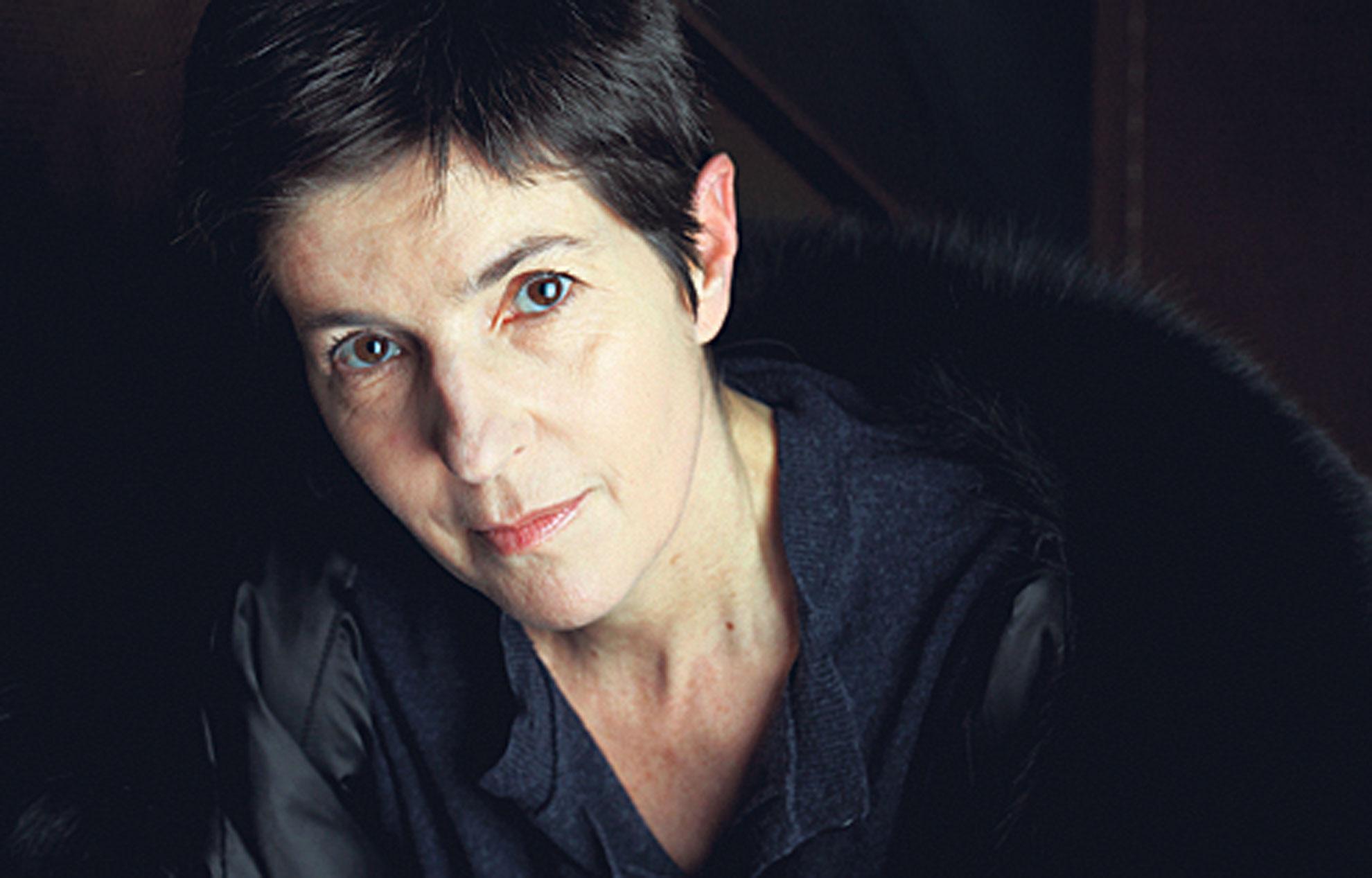 Portrait de l'écrivain Christine Angot.