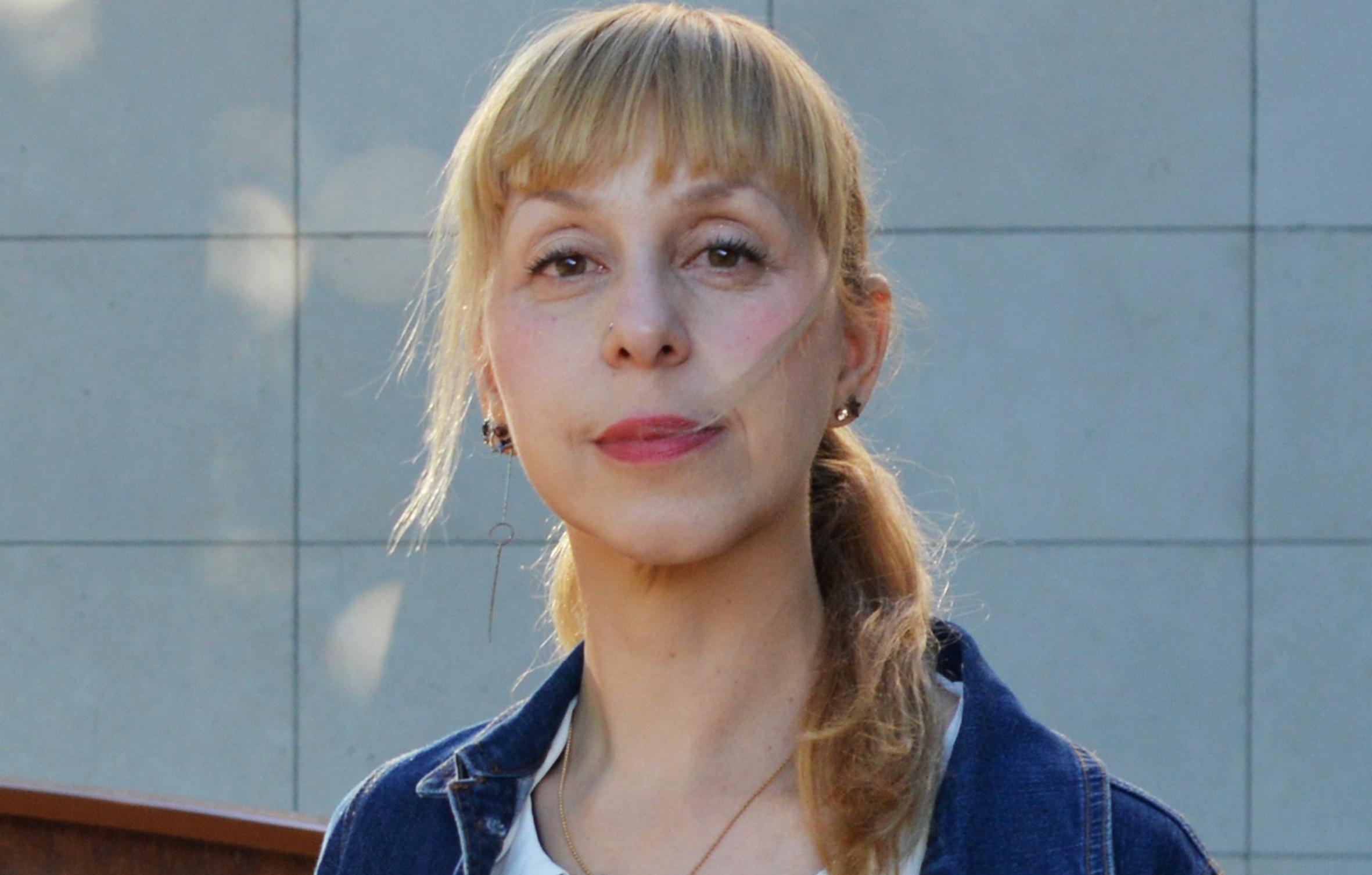 L'écrivain Lola Lafon.
