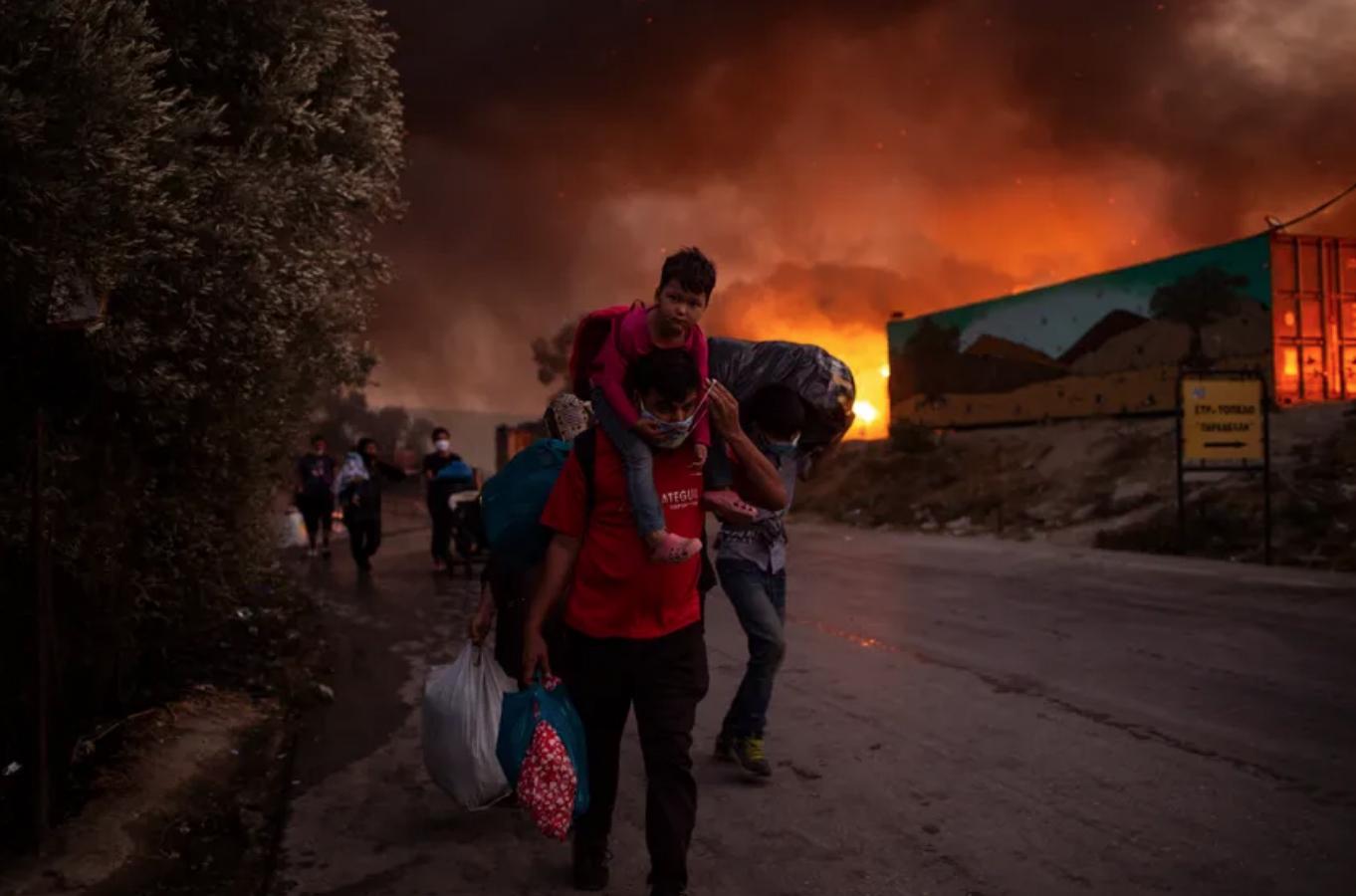 Incendie dans le camp de réfugiés à Moria (Grèce).