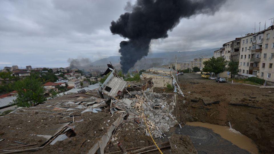 Des habitations détruites à Stepanakert