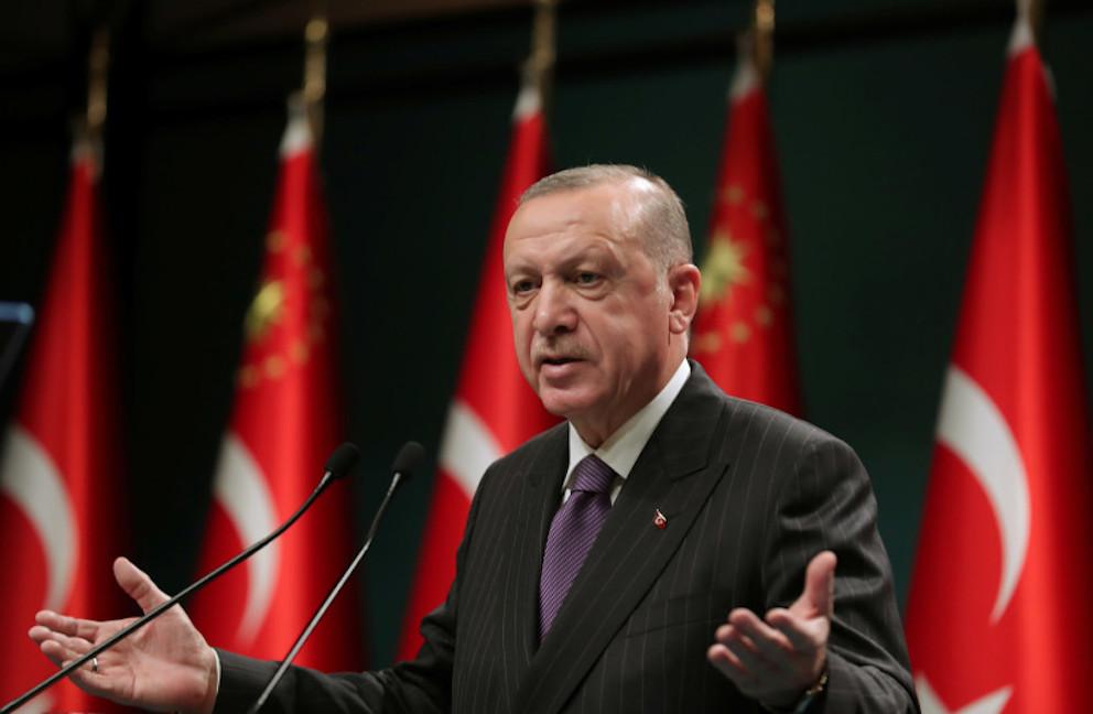 Erdogan s'exprime lors d'une conférence de presse suite à une réunion du cabinet à Ankara, en Turquie, le 14 décembre 2020.