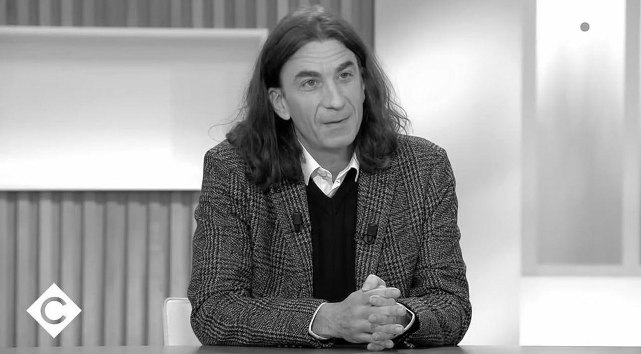 Portrait de Didier Lemaire, le professeur de philosophie de Trappes a été contraint d'arrêter l'enseignement.
