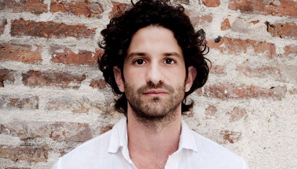 Portrait de Miguel Bonnefoy.