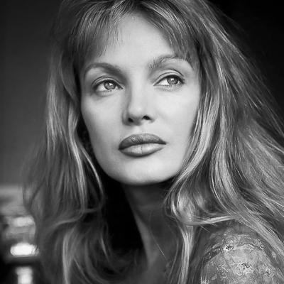 Portrait de la chanteuse Arielle Dombasle