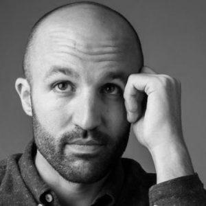 Portrait noir et blanc de david Doucet