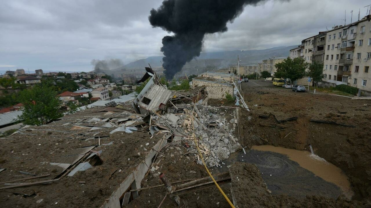 La capitale du Haut-Karabakh, Stepanakert, a subi de nombreux tirs d'obus. Le 4 octobre 2020.