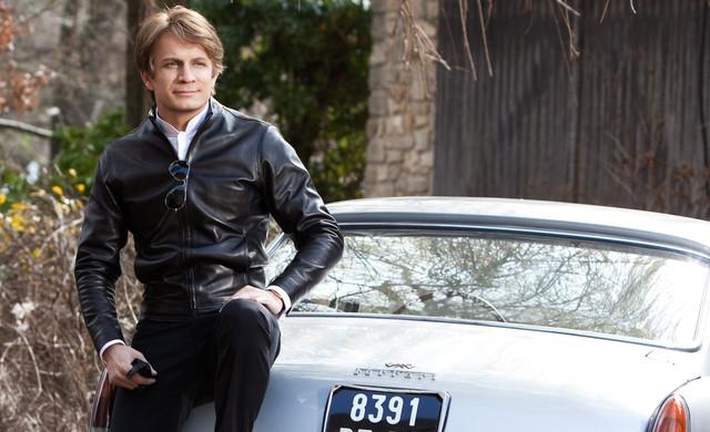 Jérémie Regnier caractérisé en Claude François pour le film CloClo le 14 mars prochain.